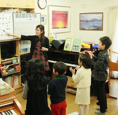 ミュージックトレーニング(ソルフェージュ・楽典)